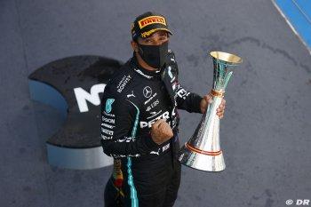 Chặng 6 mùa giải F1 2020: Lewis Hamilton phô diễn sức mạnh tuyệt đối tại Spanish GP với khoảng cách 24 giây