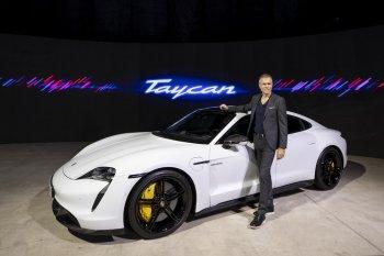 Taycan hoàn toàn mới – xe thể thao thuần điện đầu tiên của Porsche