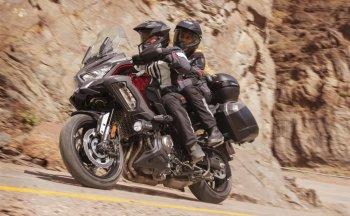 Kawasaki Versys 1000 S 2021 nâng cấp giá trị ra mắt