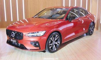 Công nghệ đáng chú ý trên Volvo S60 R-Design 2020 giá 1,69 tỷ đồng tại Việt Nam