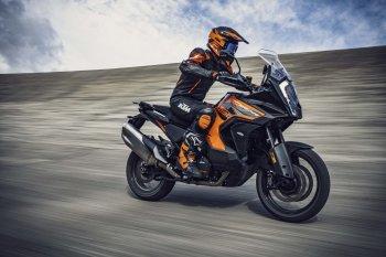 """Nối bước Ducati, KTM trang bị công nghệ ra đa tối tân cho """"chiến mã"""" Super Adventure 1290 S 2021"""