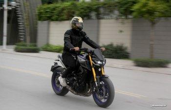 """Đánh giá hàng hiếm Yamaha MT-09 SP: Chiến binh đường phố """"cục súc"""" không dành cho tay mơ"""