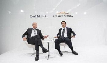 Nissan tiếp bước Renault thoái vốn khỏi Daimler