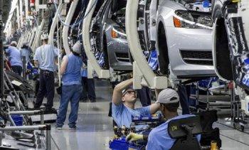 Giá ô tô tăng mạnh vì thiếu linh kiện