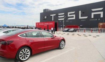 Xe Tesla bị cấm vào các tòa nhà Chính phủ của Trung Quốc