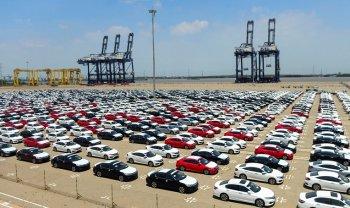 Ô tô nguyên chiếc các loại nhập khẩu tăng mạnh trong tháng 3/2021