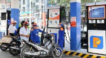 Giá xăng tiếp đà tăng mạnh, vượt ngưỡng 20 nghìn đồng/lít