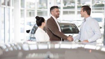 Nếu năm ngoái bạn mua xe hơi, giờ là lúc bạn đang… lời to