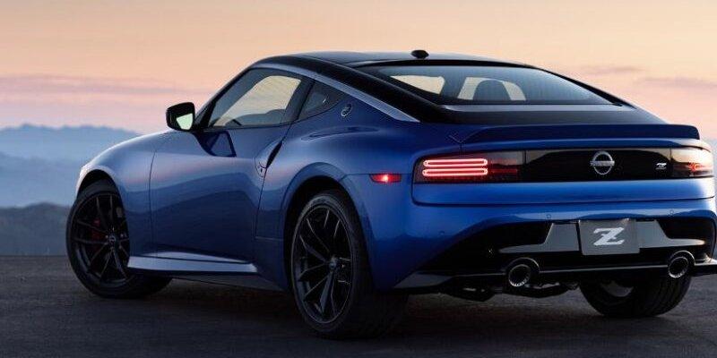 Nissan trình làng mẫu xe thể thao Z phong cách hoài cổ mới mới u