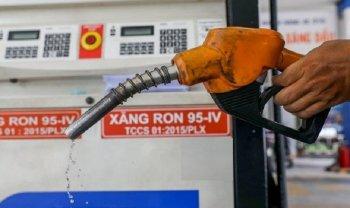 Xăng dầu đồng loạt giảm giá vài trăm đồng